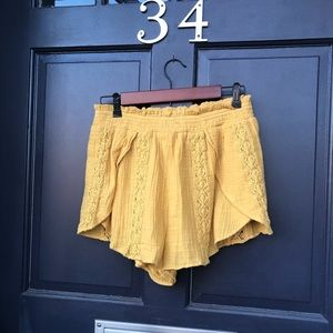American Eagle Elastic Waist Yellow Cotton Shorts